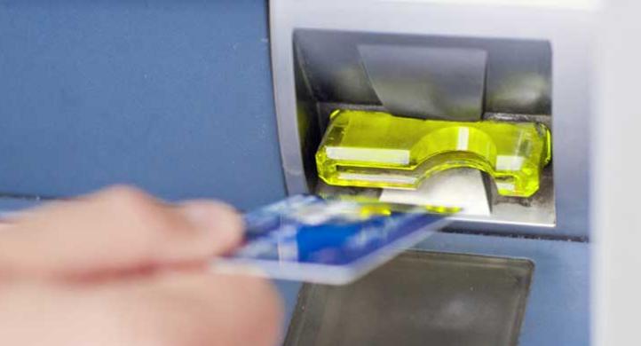 Menyelamatkan Kartu ATM
